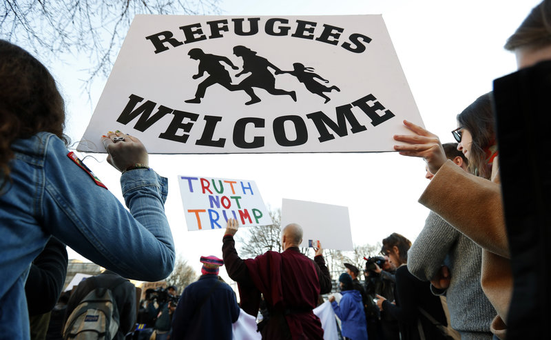 http%3A%2F%2Fwww.npr.org%2Fsections%2Fparallels%2F2017%2F01%2F27%2F511861645%2Ftrumps-immigration-freeze-omits-those-linked-to-deadly-attacks-in-u-s