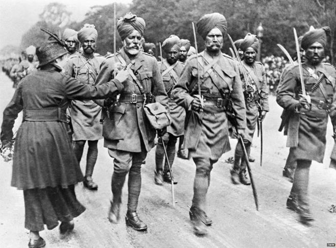 Indian troops going to war with Britain.