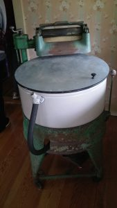 Old washing machine from the 1930s.