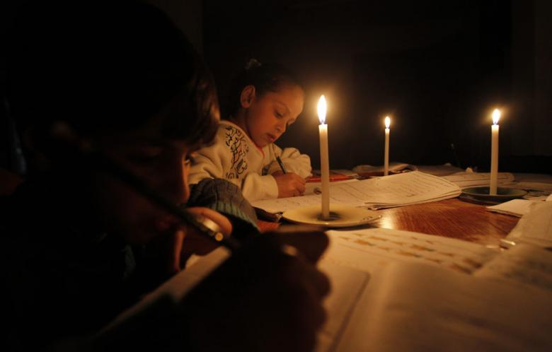 Venezuela+Blackout%3B+Five+Day+Weekends