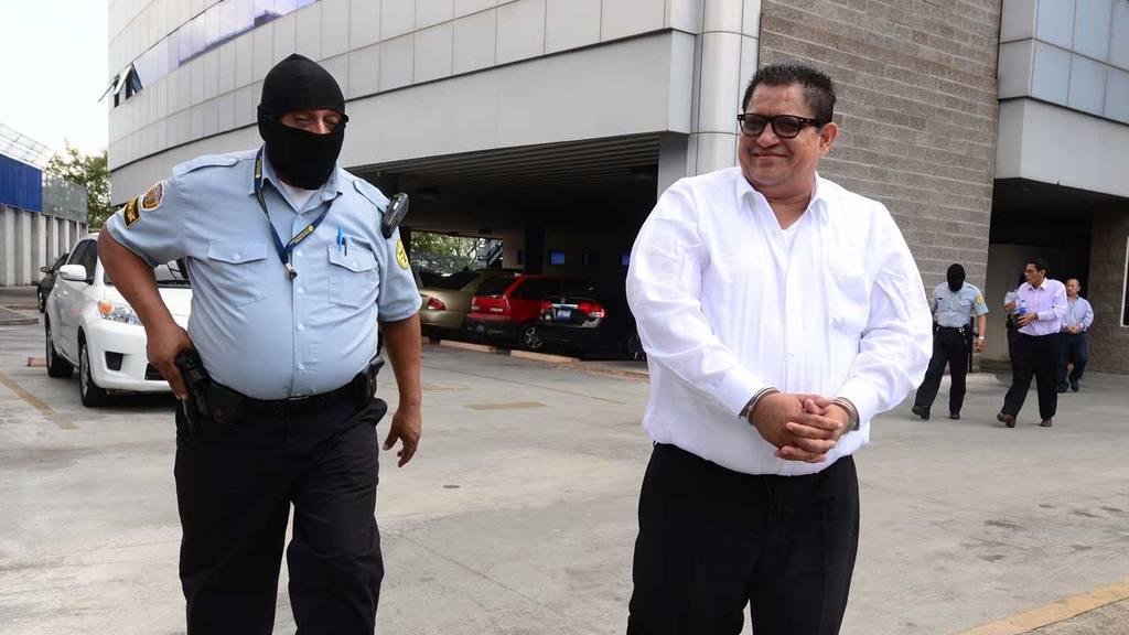 Image result for condenan tres jueces en el salvador
