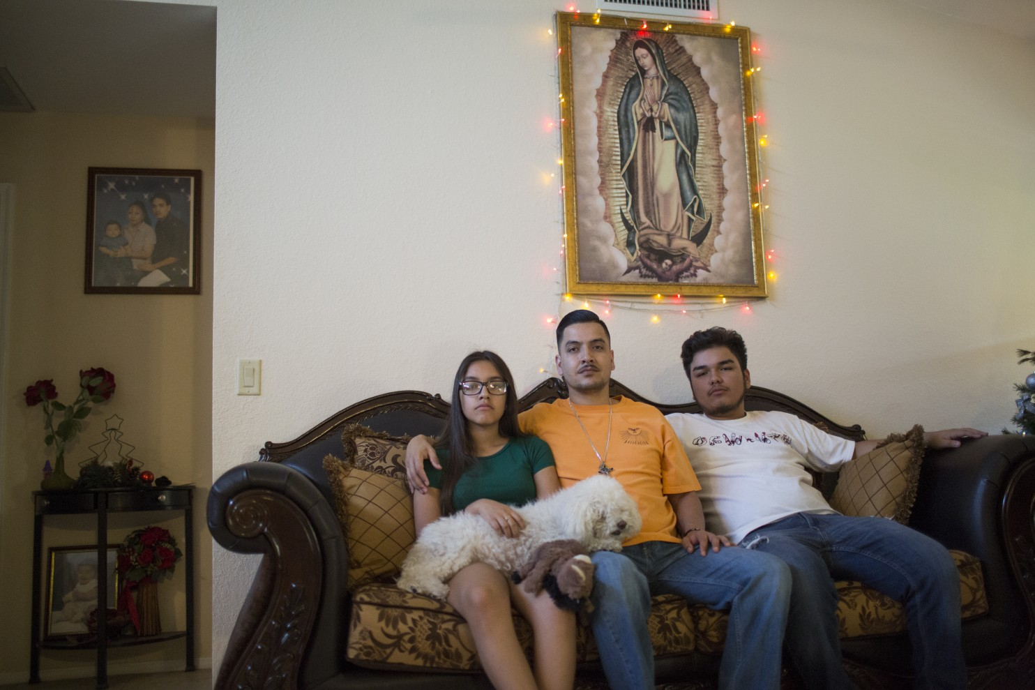 https://www.washingtonpost.com/national/i-cant-take-that-place-an-arizona-family-struggles-with-a-mothers-deportation/2017/02/27/e0b0d0de-fa0e-11e6-bf01-d47f8cf9b643_story.html?utm_term=.f07217e25945