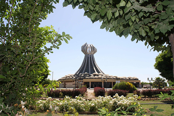 A+monument+to+the+victims+of+Halabja%2C+Iraq
