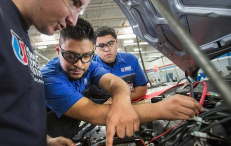 Auto Mechanics in Demand
