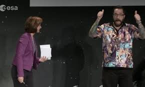 Misandrists Criticize European Scientist for Inappropriate Shirt
